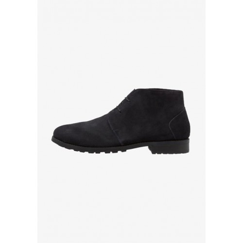 AFTERMATH DESERT BOOT - Lace-up boots - navy - Womens T-Shirts OXPNKOWF